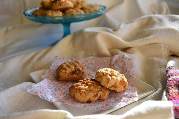 Gluten-free Recipe: Apricot and Coconut Cookies - http://www.glutenfreelunchboxes.com/gluten-free-recipe-apricot-and-coconut-cookies/