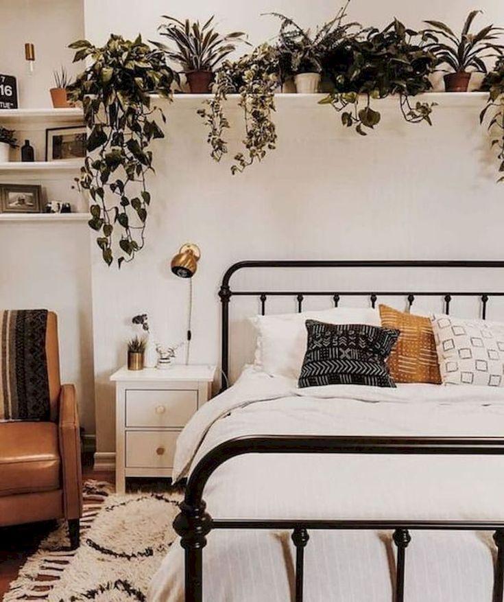 80 Fantastic Small Apartment Bedroom College Design Ideas and Decor