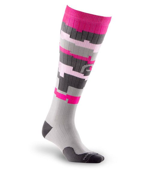 Get maximum recovery with Marathon Pink Camo full-length, graduated compression sock by PRO Compression.