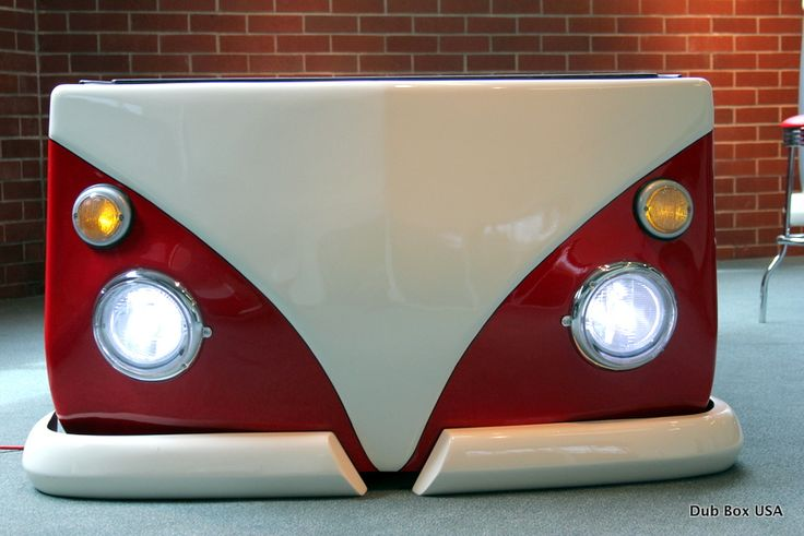 Dub box USA is a new twist on the tailgate camper, family camper, food cart or event cart. While it might look like we are buying up all the camper vans left in the world, rest assured we are not. Oregon based Dub Box USA manufactures campers, food and event carts from completely new fiberglass shells (and just a little added bonus….it probably floats!) So don't worry VW lovers, your VW camper van may still be out there.