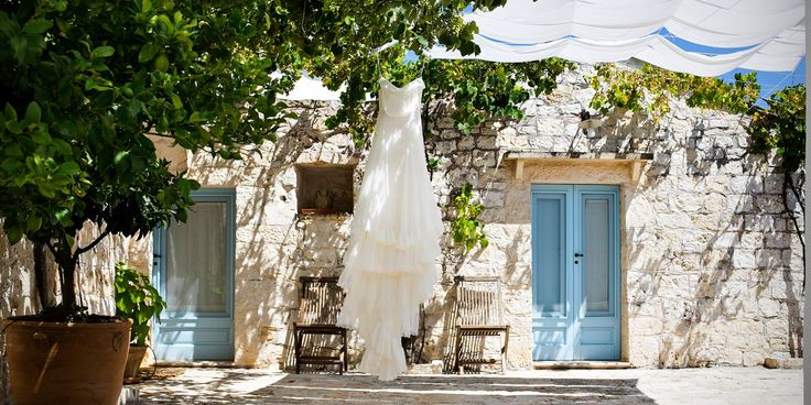 Morlotti Studio - Wedding Dress #fotografomatrimonio #morlottistudio #weddingphotographer #wedding #apulia #salento #bari #weddingdress #bridal