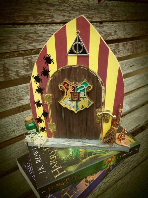 HARRY POTTER GRYFFINDOR-inspired wooden fairy door. Free