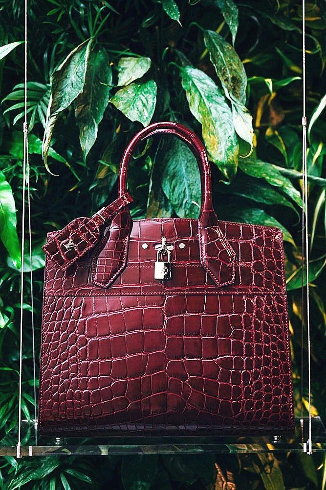 276d2c436553 Alligator handbag Handbags On Sale