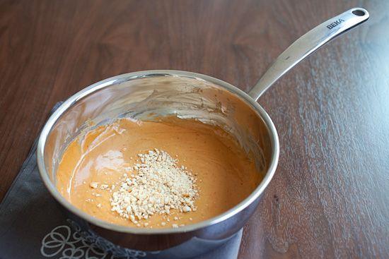 15分で出来ちゃう!あると便利「タイ風ピーナッツソース」の作り方 - macaroni
