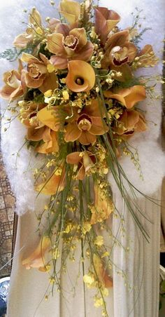 long cascading bridal bouquets - Google Search