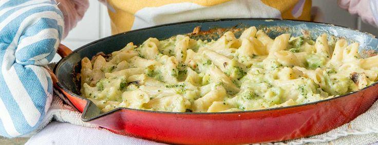 Het recept voor deze macaroni met kaas en broccoli komt uit het boek Lekker Miljuschka van Miljuschka Witzenhausen. Kidsproof en gezond!