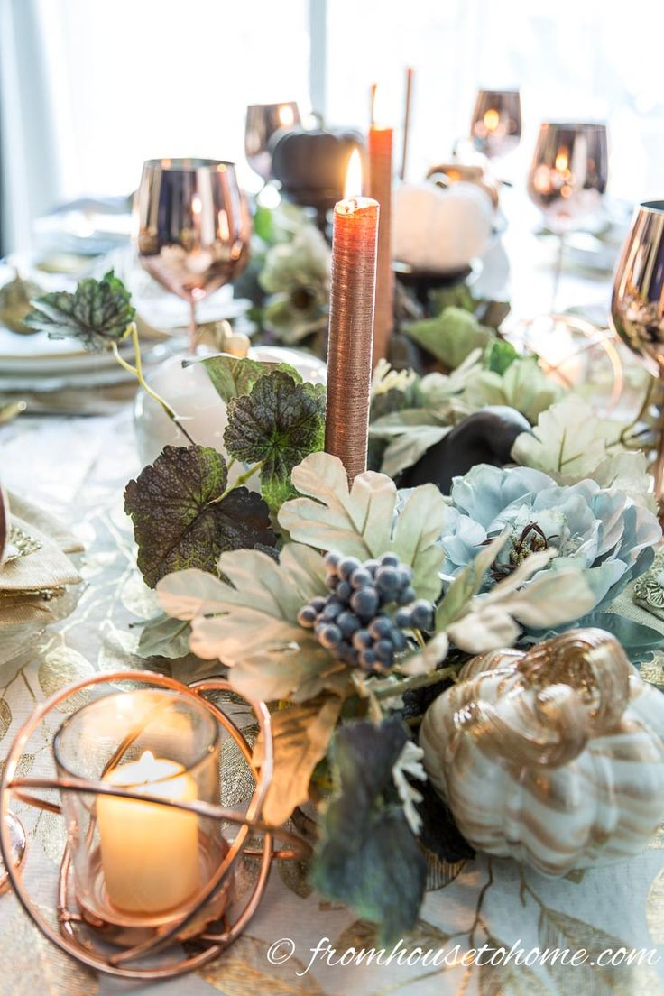If you need some ideas for your #Thanksgiving table #decorations, this #fall table setting is GORGEOUS! I'm definitely using it as inspiration for my tablescape.