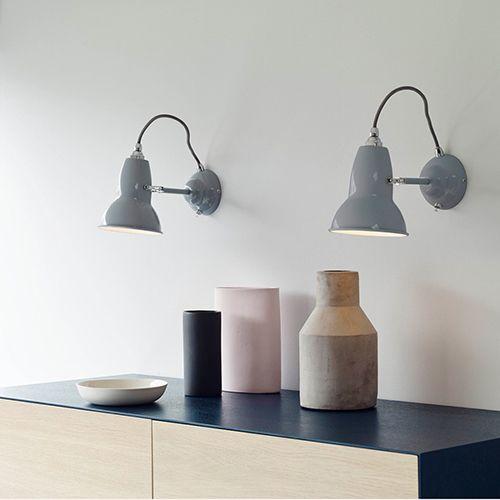 Light. Wall Light fra Anglepoise original 1227 er en unikke designlamper i flere varianter. Fås også som pendel, skrivebordslamper og gulvlamper.  www.moffice.dk