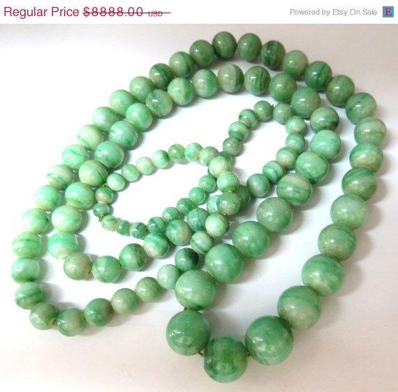 290ct GIA zertifiziert 10,20 mm natürliche grüne Jade Halskette von AvisDiamond auf Etsy https://www.etsy.com/de/listing/204388771/290ct-gia-zertifiziert-1020-mm