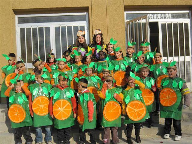 """Carnaval 2010 """" Fruites"""" - Escola Llibertat - Taronges"""