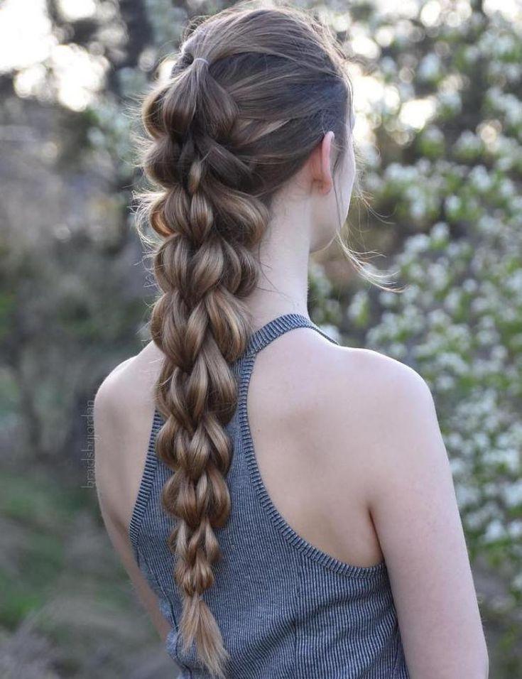 Get Busy 40 Sporty Hairstyles For Workout Hairstyles Sporty Workout New Sportliche Frisuren Geflochtene Frisuren Mittellange Haare Frisuren Einfach