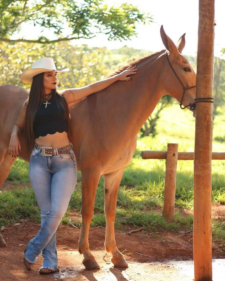 Pin On Cowgirls-8944