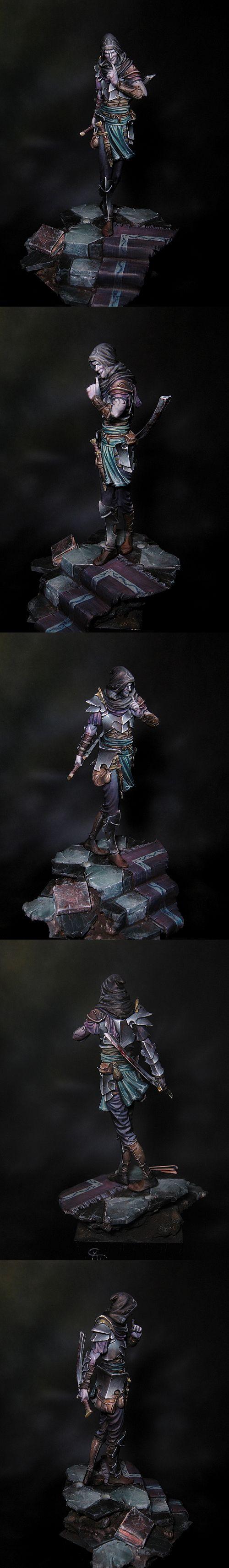 CoolMiniOrNot - Dark Elf by Mauganra