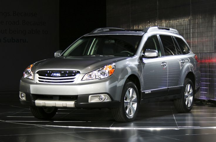 Subaru Outback, 2011-2013 (looks like a Lyle haha)