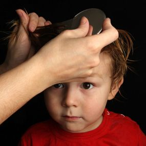 Natural lice removal: mix the 15 to 20 drops of tea tree oil in 4 ounces of rubbing alcohol. Place the mixture in a spray bottle and saturate the hair with it, leaving in 12 hours. The following morning, comb out your child's hair. Then, shampoo, rinse, and repeat. Once the lice have been eliminated, the alcohol – essential oil spray can be used as a preventive treatment.