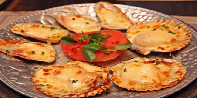 Ostiones a la Parmesana, una rápida y deliciosa Receta Tradicional Chilena. Estos son los ingredientes y el modo de preparación.