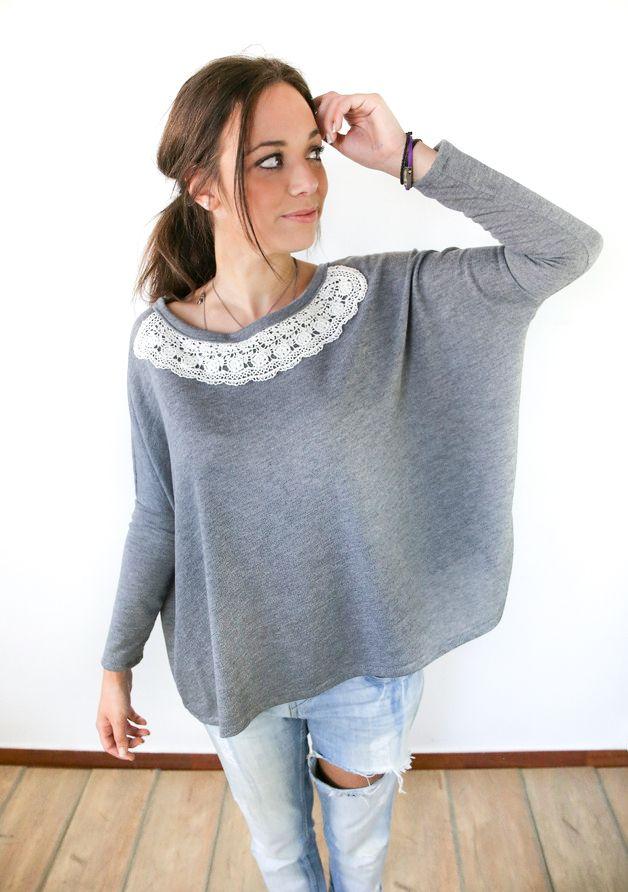 Kuscheliger Oversize-Pullover mit Spitzenkragen / comfy and cute oversize hoodie, laces, grey by Shoko via DaWanda.com