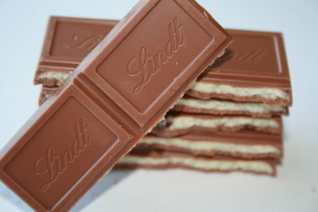 Dünyanın önde Gelen çikolata Markalarından Lindtden Double Milk - Dem global