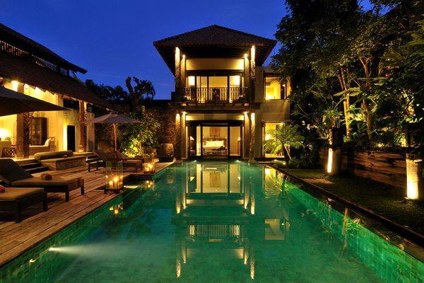 Villa De Suma Pool View Night
