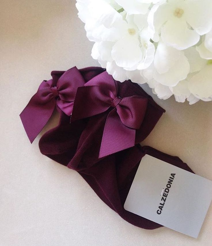 Burgundy socks with bow #calzedonia #socks #calze #burgundy