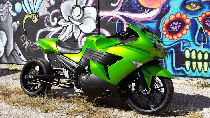 06 Kawasaki Ninja ZX14 Custom Turbo 370HP @ 14LBS Boost.