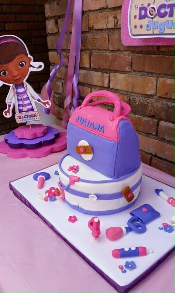 Un pedacito?  Diseñamos tortas / pasteles / ponques para despertar emociones en ese día especial.   https://www.facebook.com/unpedacitodepastel/?fref=ts