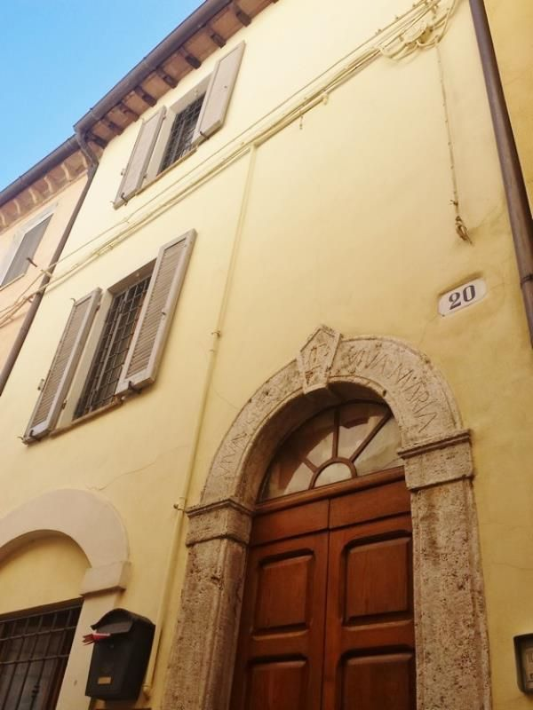 Renovated town centre townhouse in Umbria Ref: PHA15A, Amelia, Umbria. Italian holiday homes and investment property for sale.