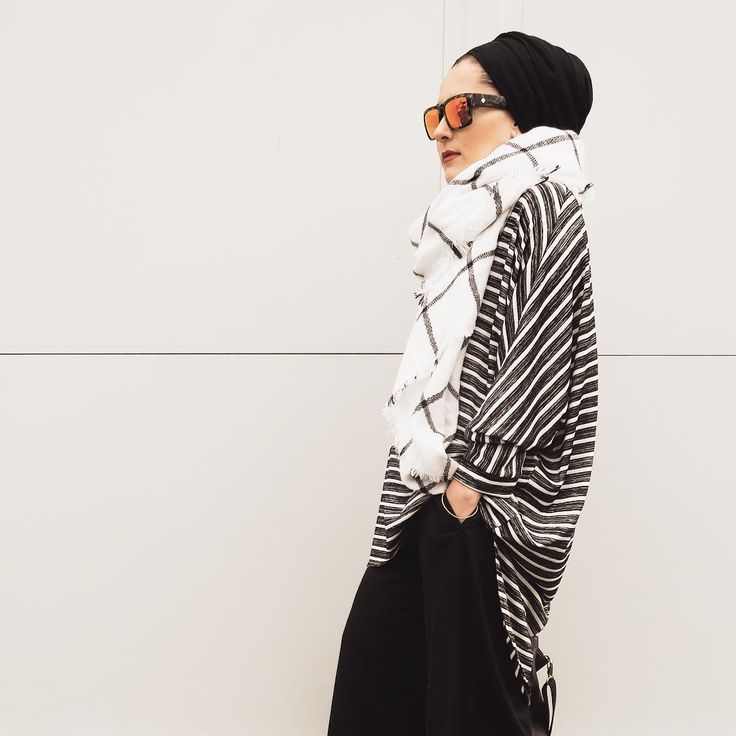 「Details for this look will be up tonight! Make sure to subscribe for email updates on dinatorkia.co.uk #dinatokio」 DINA TORKIA waysify