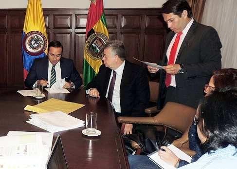 Santander hoy web: Gobiernos de Santander y San Gil  buscan más respa...