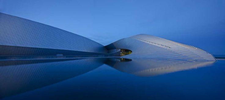 Denmark National Aquarium Building the Blue Planet: A Deep-Dive Into 3XN's A+Award-Winning Aquarium - Architizer