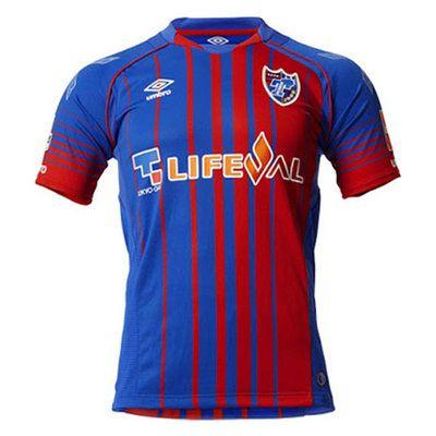 El nueva Primera Equipacion Camiseta FC Tokyo baratas 2017 2018 tiene las rayas rojas y azules.