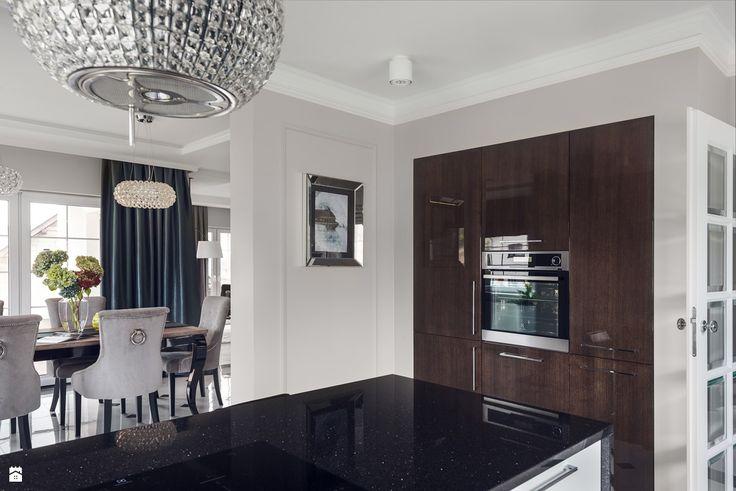 Widok z kuchni na jadalnię - zdjęcie od GSG STUDIO | interiors & design - Kuchnia - Styl Art- deco - GSG STUDIO | interiors & design