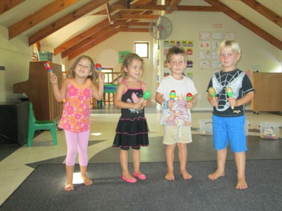 During music time Chameleons at Blouberg Prep had to come up with a song they could sing while playing their musical instruments, presenting it to the class afterwards.