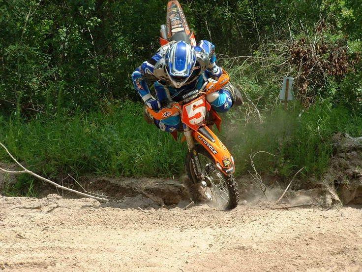 41 best images about Queda de Moto | Dirtbike Crashes on Pinterest ...