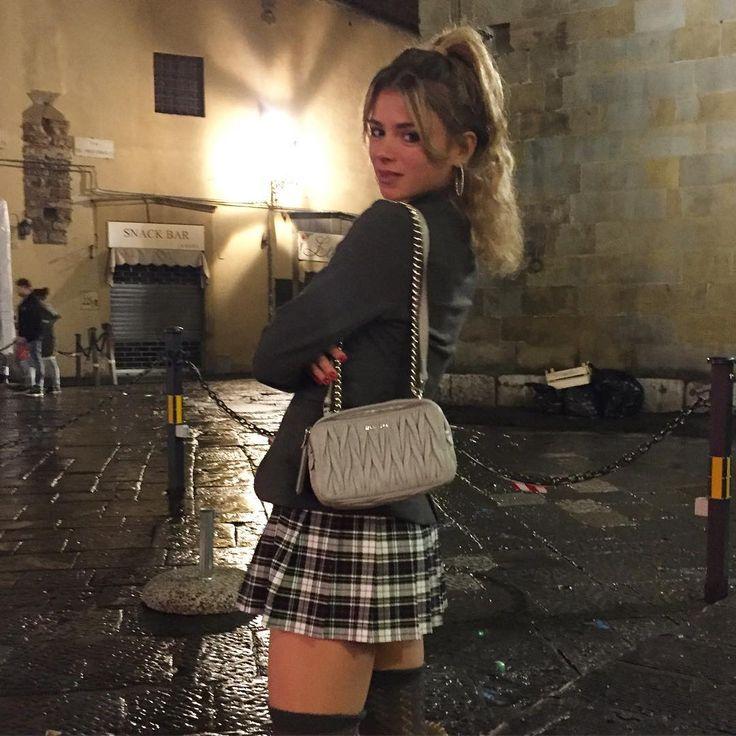 Camila seximila