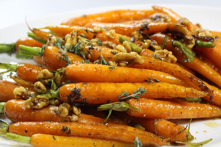 Maple Glazed Carrots with Walnuts. Sweet, crunchy, delectable dutch carrots. #Woolworths #recipe #carrots http://www2.woolworthsonline.com.au/shop/ContentView/10273?page=852