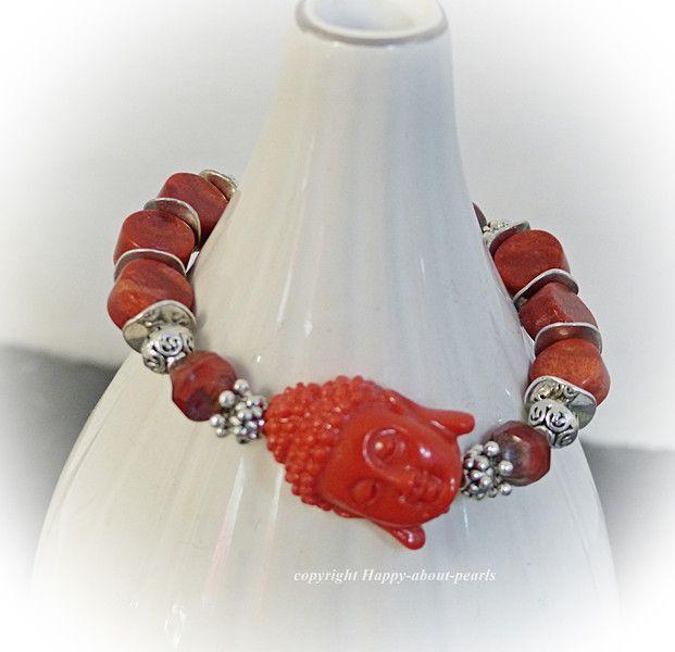 Buddha Armband Koralle von Happy-about-Pearls Trendschmuck & Accessoires auf DaWanda.com