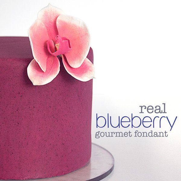 Delicious Homemade Blueberry Almond Fondant. Made with all natural organic blueberries, and no artificial color! You'll never look at fondant the same!