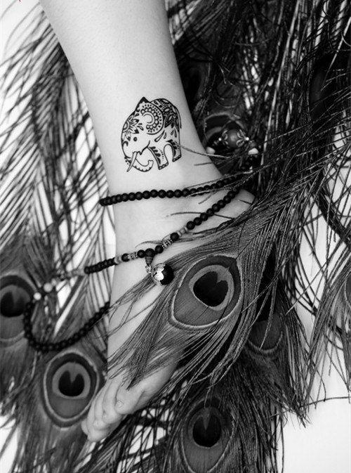 Elefante y ballena colecciones temporales tatuaje por nicecoco