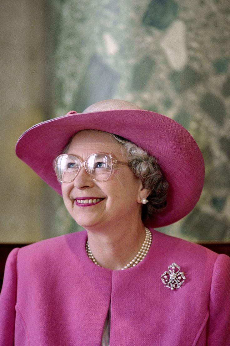 1630 best Queen Elizabeth's Hats images on Pinterest ...