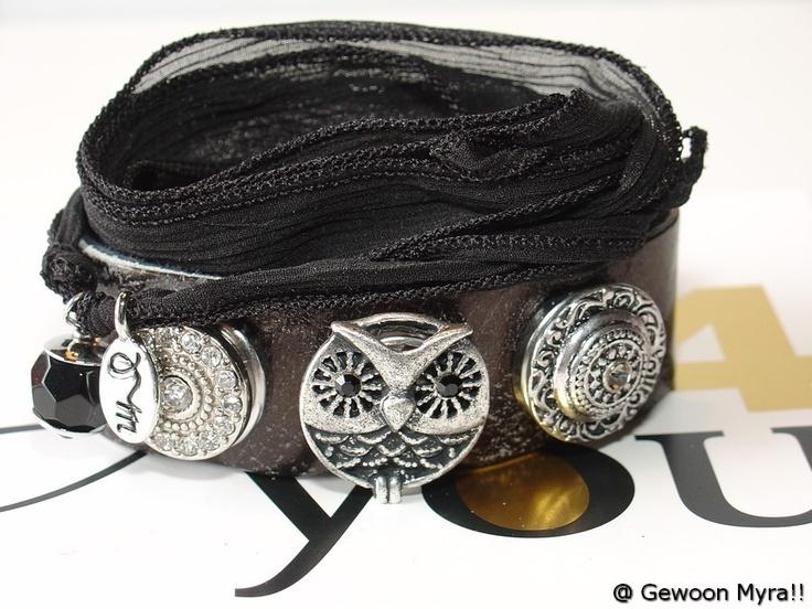 Leren clickarmband, gecombineerd met mooie zijde linten. Het mooie is dat de leren armbanden in de aanbieding zijn. www.gewoonmyra.nl