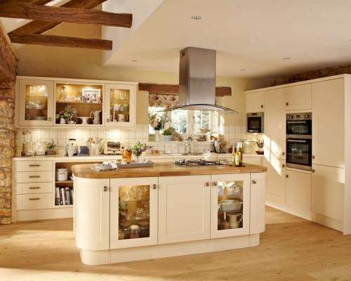 Burford Cream - Burford - Kitchen Families - Kitchen Collection - Howdens Joinery