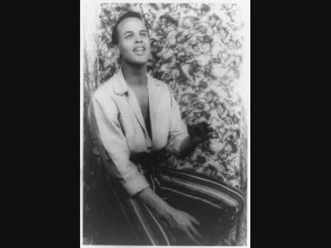 """▶ Harry Belafonte - """"Banana Boat Song (Day O)"""" - 1956 - YouTube ahhh perfect 2AM song, yes please."""