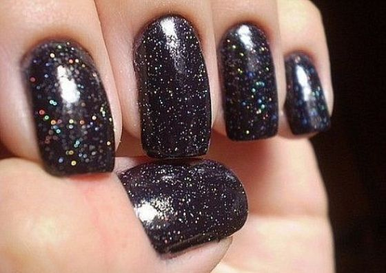 Azature Black Diamond – Most expensive nail polish in the world