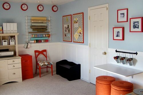 COLORS!  blue paint with red accents: Colors Combos, Crafts Rooms, Blue Wall, Google Search, Rooms Ideas, Desks Ideas, Guest Rooms, Offices Playrooms, Kids Rooms