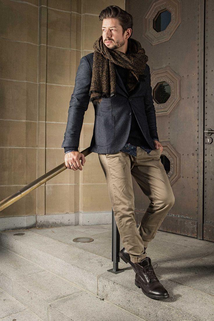 Wir möchten Ihnen zeigen, dass es bei Men Fashion weder eine Altersgrenze gibt, geschweige denn das persönliche Wohlfühlgewicht ein Hindernis darstellt. #soerenfashion #gentlemen #cinque #dondup #moma #scarf #sarti