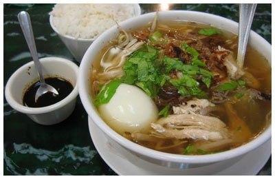 Surinaamse Saoto soep (Surinamese Saoto soup)