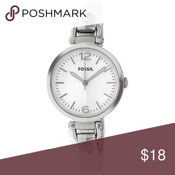 """White Fossil Watch Women's steel and acrylic white marble and silver Fossil watch. Has adjustable chain link band and looks like bracelet style. Has white face with silver accents. NWD. Watch is brand new and has never been used! In great condition, tags still attached! Defect is that the number """"2"""" marker is floating in face. Can be repaired by Fossil if sent to company! Authentic! No trades! Fossil Accessories Watches"""