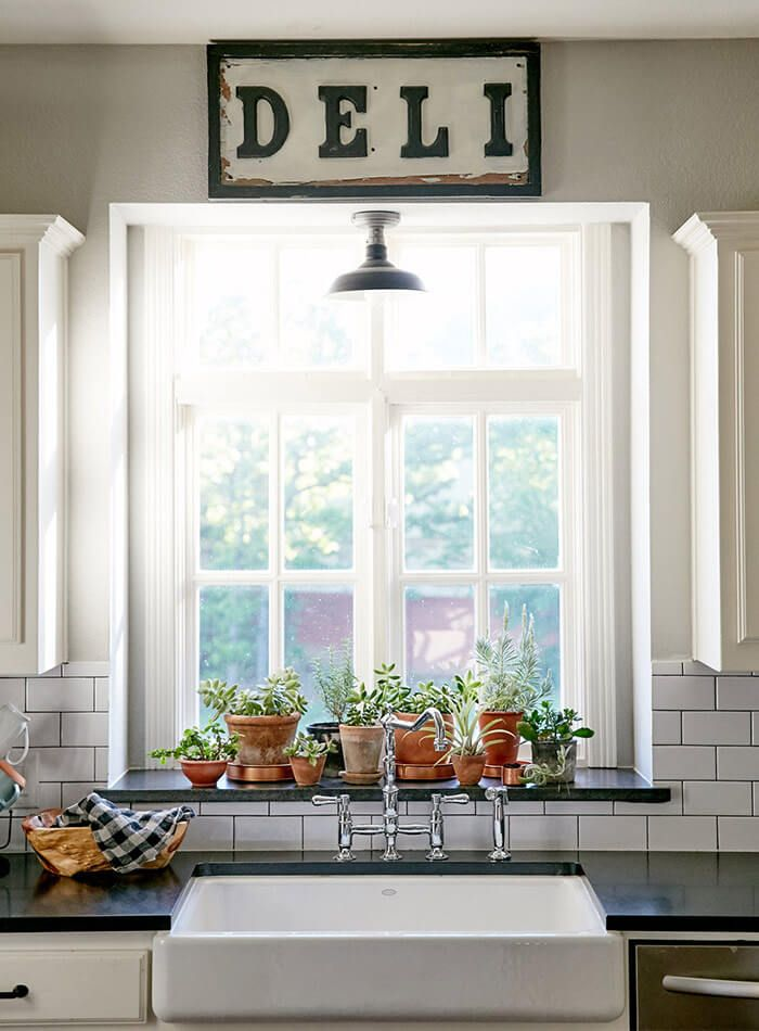17 Creative Kitchen Window Ideas to Dress Up the Kitchen ...