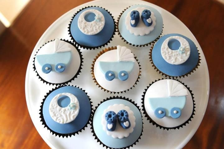Pretty cupcakes for a baby shower if you're having a boy and are happy to reveal it. ;)